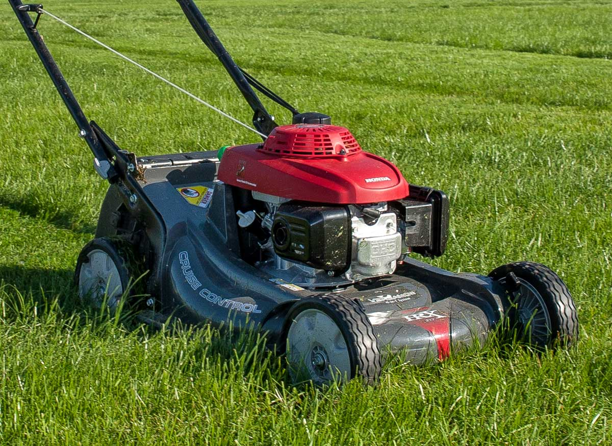 Can I Use Car Oil For Lawn Mower