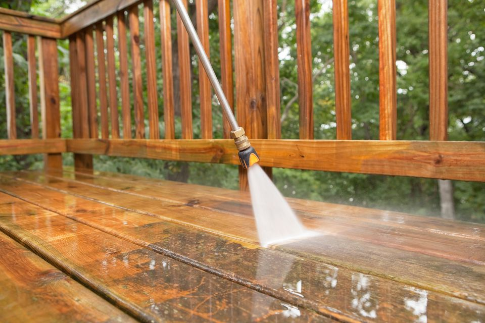 Pressure Washing Tips for Summer
